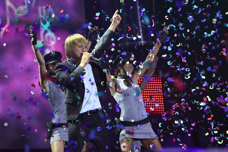 eduard-romanyuta-grand-show-2010_59