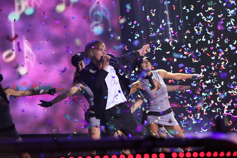 eduard-romanyuta-grand-show-2010_60